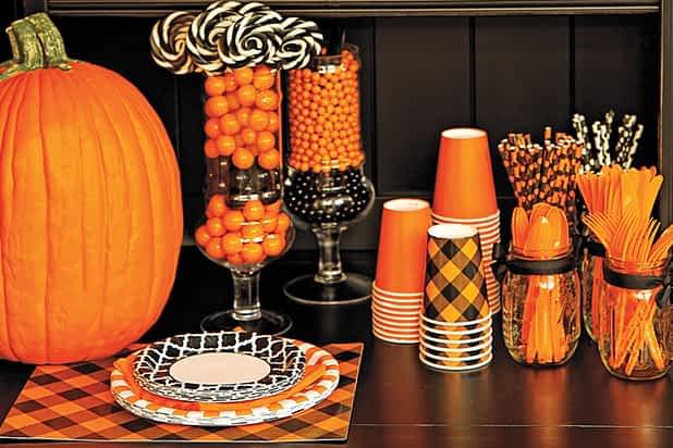 Celebrate_Express_Halloween_Party_Decor